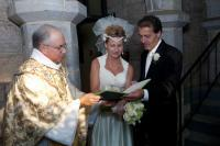 Bride_and_groom_signing_marriage_certificate-109_.jpg