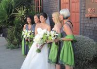 Bride_and_bridesmaid_bouquets.full