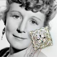 Ohfaro_vintage_rhinestone_wedding_hair_comb_bridal_jewelry.full