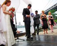 Angela_and_uris_wedding_at_galapagos_2.full