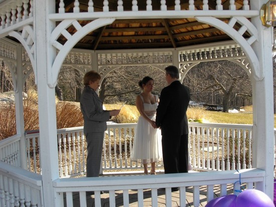 photo of Maureen Davis Wedding Officiant
