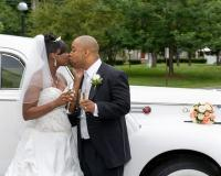 519_couple_kissing_near_antique_limo.full
