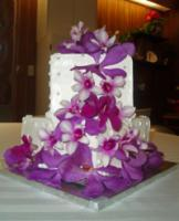 photo of Ghiselani Designer Wedding Cakes By Marie