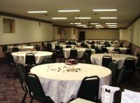 1052338-18764549-ballroom.full