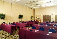 1067541-14933990-ballroom.full