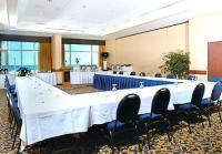 1067483-14767861-ballroom.full