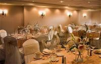 1077025-19253158-ballroom.full