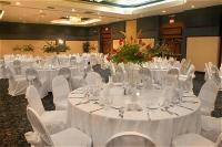 1066498-12543382-ballroom.full