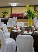 1050357-12155138-ballroom.full