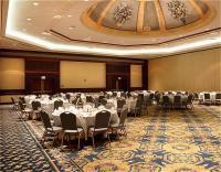 1050577-12275832-ballroom.full