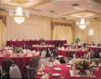 1050985-12630517-ballroom.full