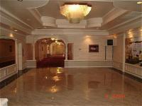 1081681-24454886-ballroom.full