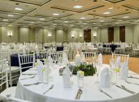 1068078-20204290-ballroom.full