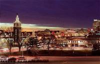 photo of Express Kansas City Westport Plaza