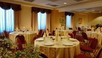 1059573-6691189-ballroom.full