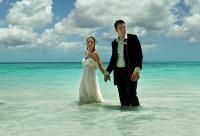jamaica_wedding_couple_wet_jumped_in_the_ocean.jpg
