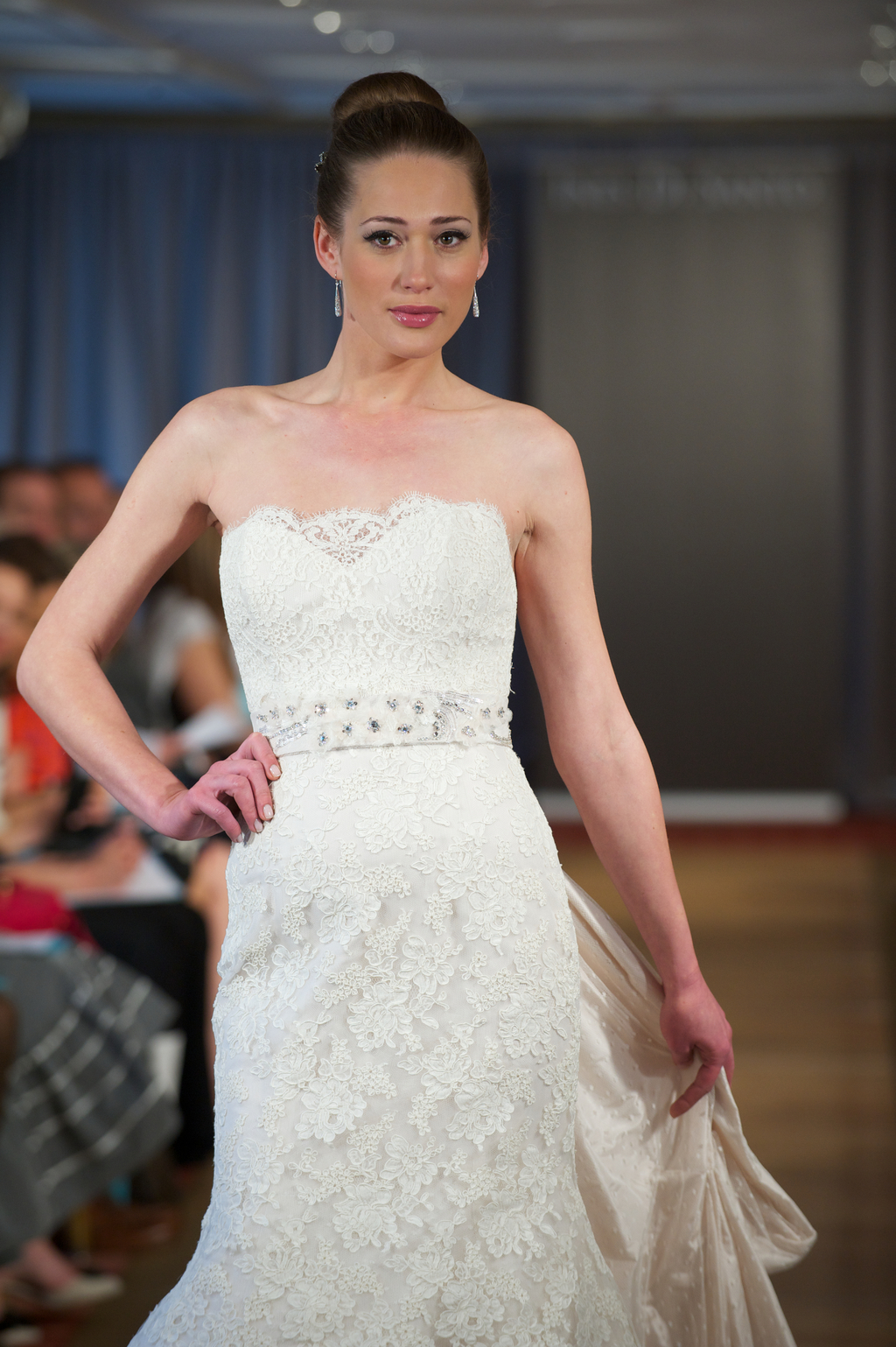 2013-wedding-dress-by-ines-di-santo-lace-romantic.full