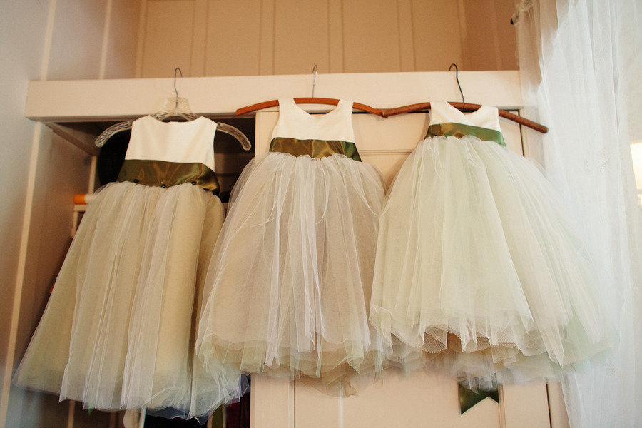 Rustic-elegant-real-wedding-outdoor-wedding-ceremony-flower-girl-dresses.full