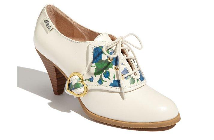 Floral-print-wedding-shoes-bridal-heels-ivory-booties-vintage-brides.full