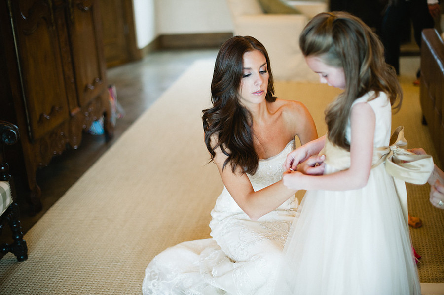 bombshell wedding hair brunette bride | OneWed.com
