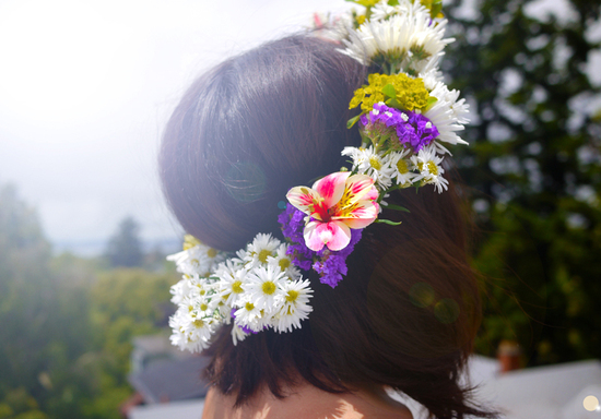 romantic DIY wedding flower hair crown bohemian bride