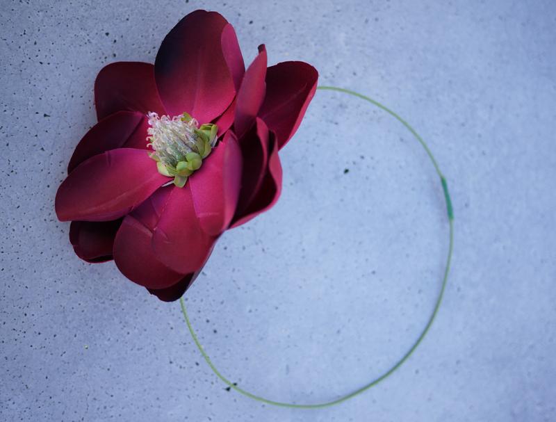 Diy-wedding-project-bridal-headband-with-flower-1.full
