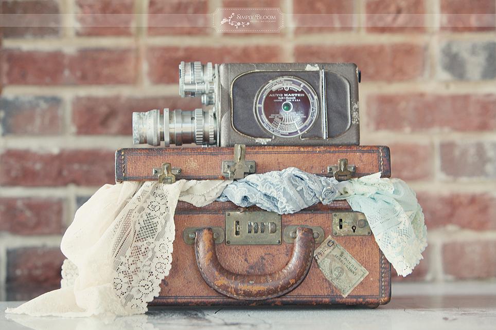 Romantic-wedding-photography-boudoir-bridal-shoot-7.full