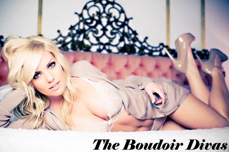 Bridal-boudoir-wedding-photography-best-boudoir-shots-1.full