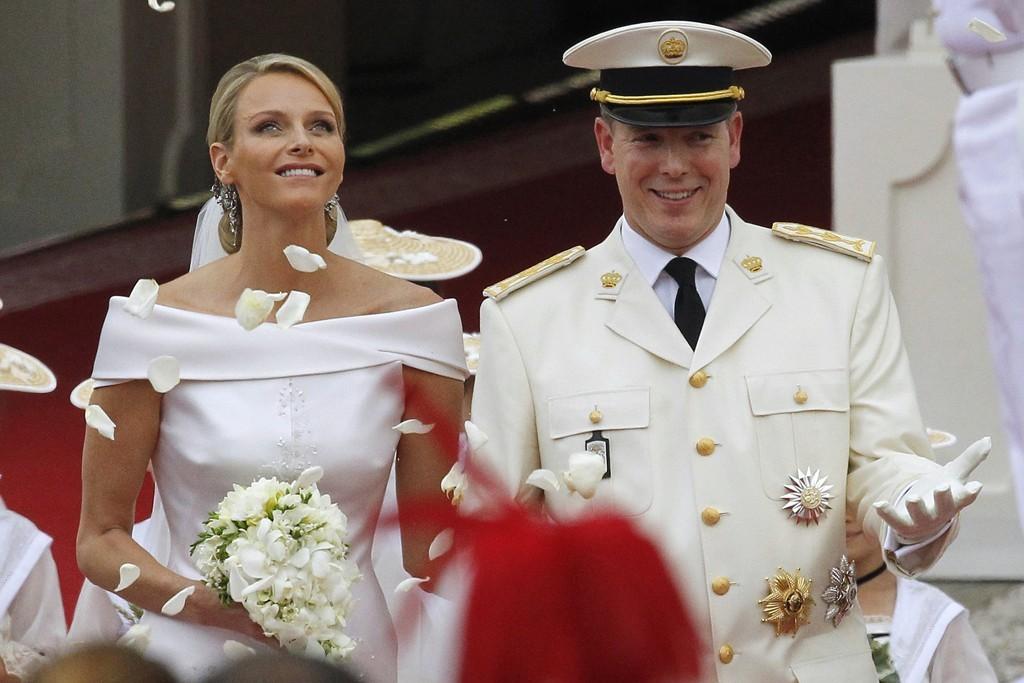 Celebrity-weddings-royal-wedding-bride-and-groom.full