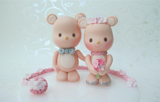 cute wedding cake toppers handmade wedding finds from Etsy 4