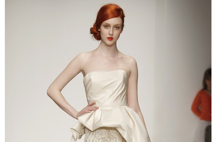 Wedding-hairstyle-inspiration-bridal-updo-vintage-inspired-by-amsale.full