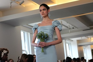 photo of bridal beauty inspiration 2013 wedding dress collections Oscar de la Renta wedding hair ideas simple