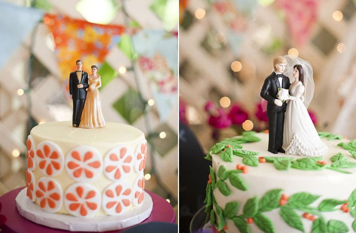 Vintage-wedding-style-multiple-wedding-cakes-vintage-toppers-1.full