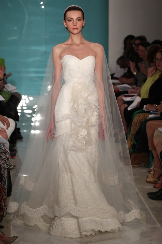 2013 wedding dress trend sheer necklines illusion fabric Reem Acra 14