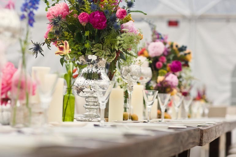 Wedding-flower-centerpieces-reception-tablescape-romantic-real-wedding-metallic-touches.full