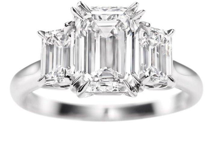 Angelina-jolie-engagement-ring-emerald-cut-diamond-engagement-rings-harry-winston-2.full