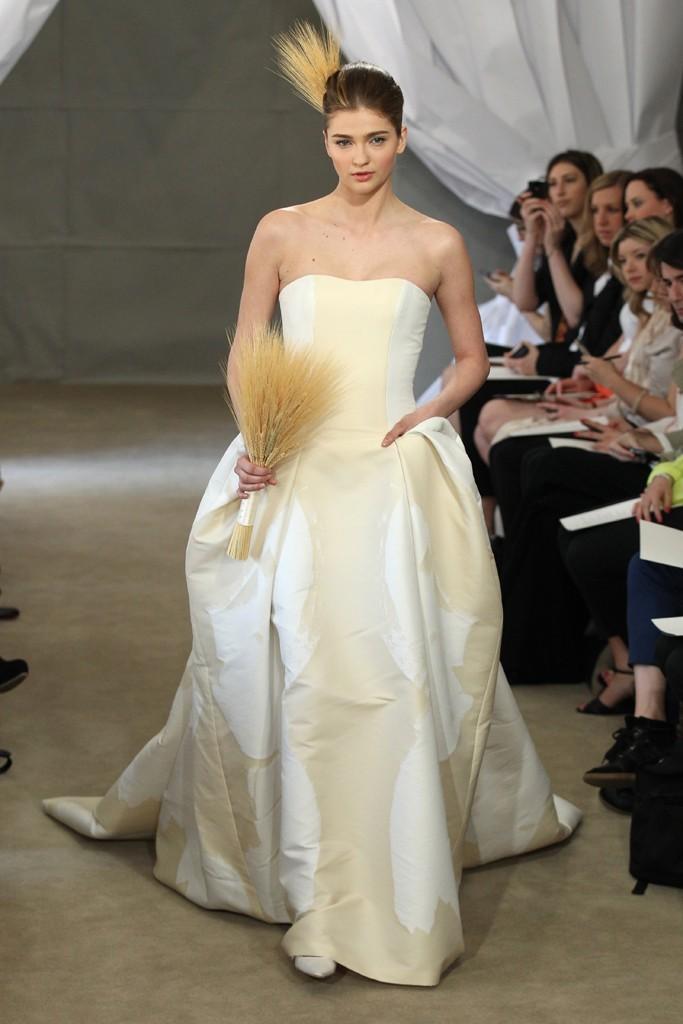 Spring-2013-bridal-gowns-carolina-herrera-wedding-dress-gold-ivory-fabric.full