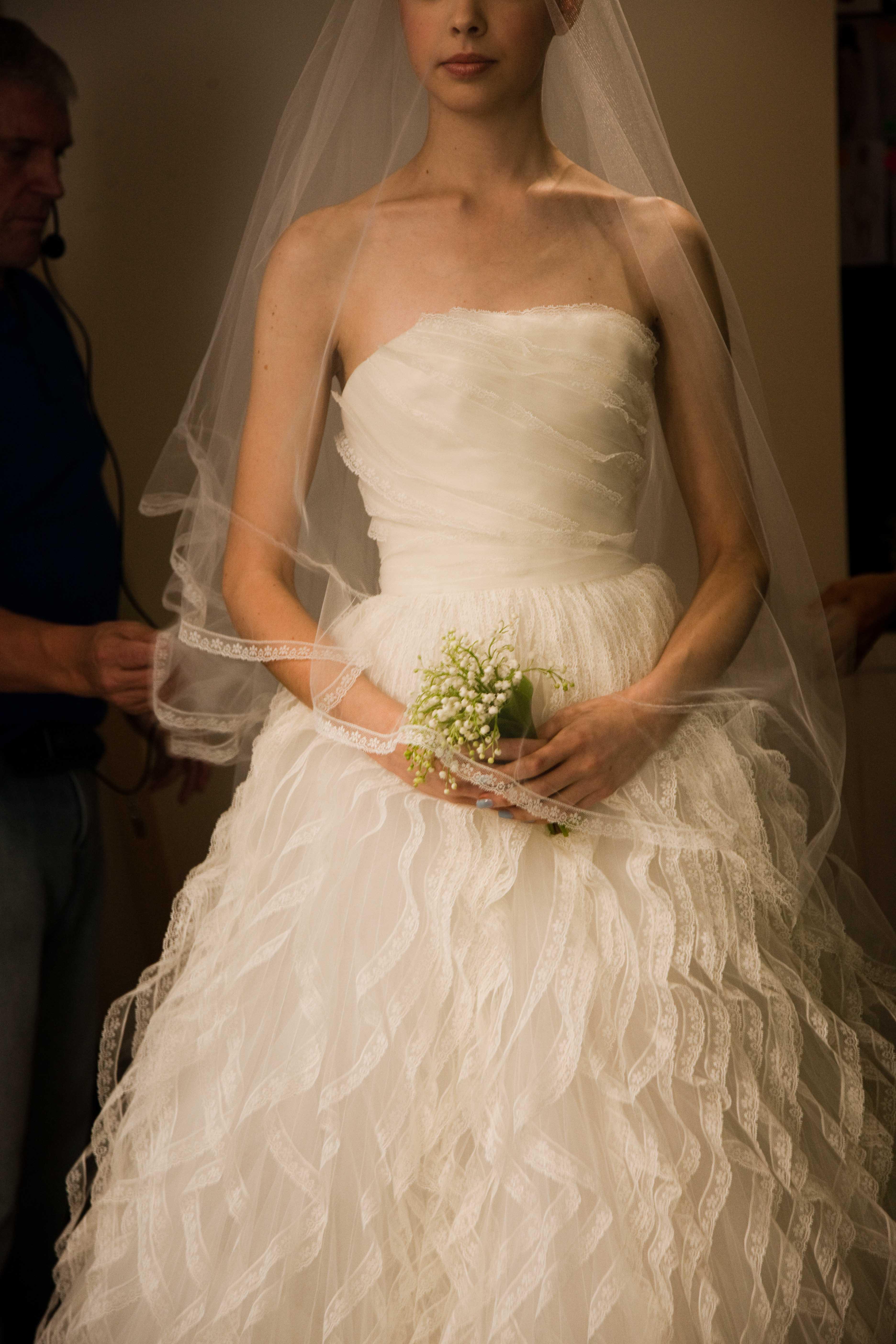 Oscar de la renta spring 2013 wedding dress lace cap for Oscar de la renta lace wedding dress