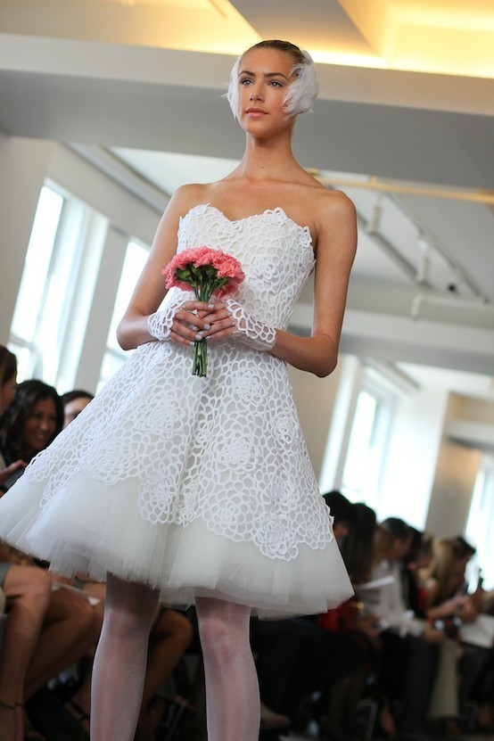 photo of spring 2013 wedding dress Oscar de la Renta bridal gowns black swan LWD