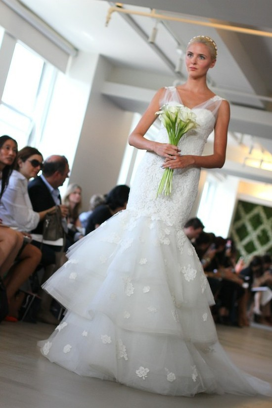 spring 2013 wedding dress Oscar de la Renta bridal gowns 1