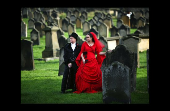 photo of wacky wedding photos weird crazy weddings friday the 13th cemetary wedding
