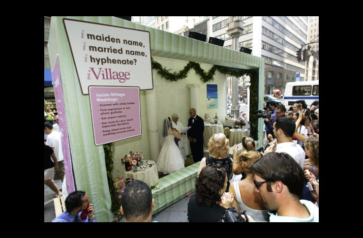 Wacky-wedding-photos-weird-crazy-weddings-friday-the-13th-public-displays-of-affection.full