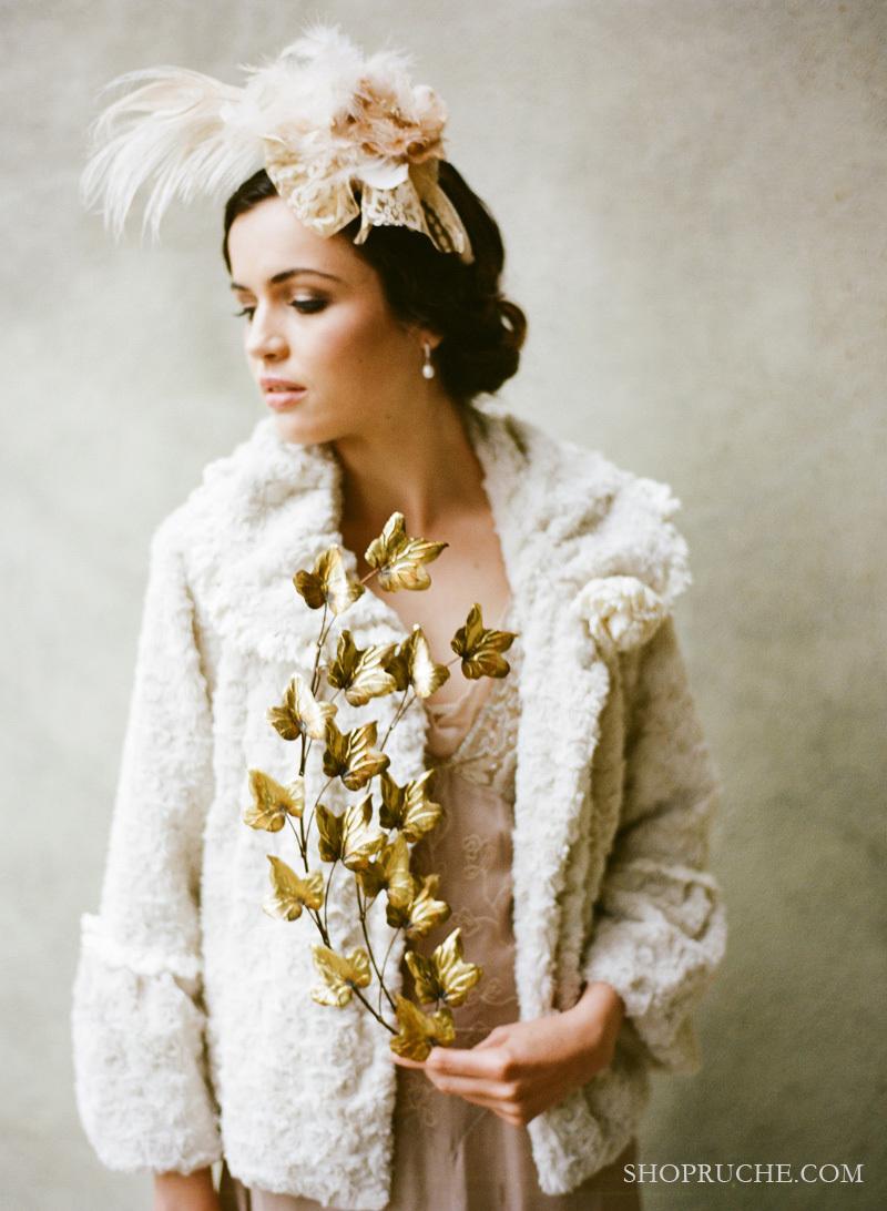 Romantic-vintage-bride-winter-wedding-fur-bolero.full
