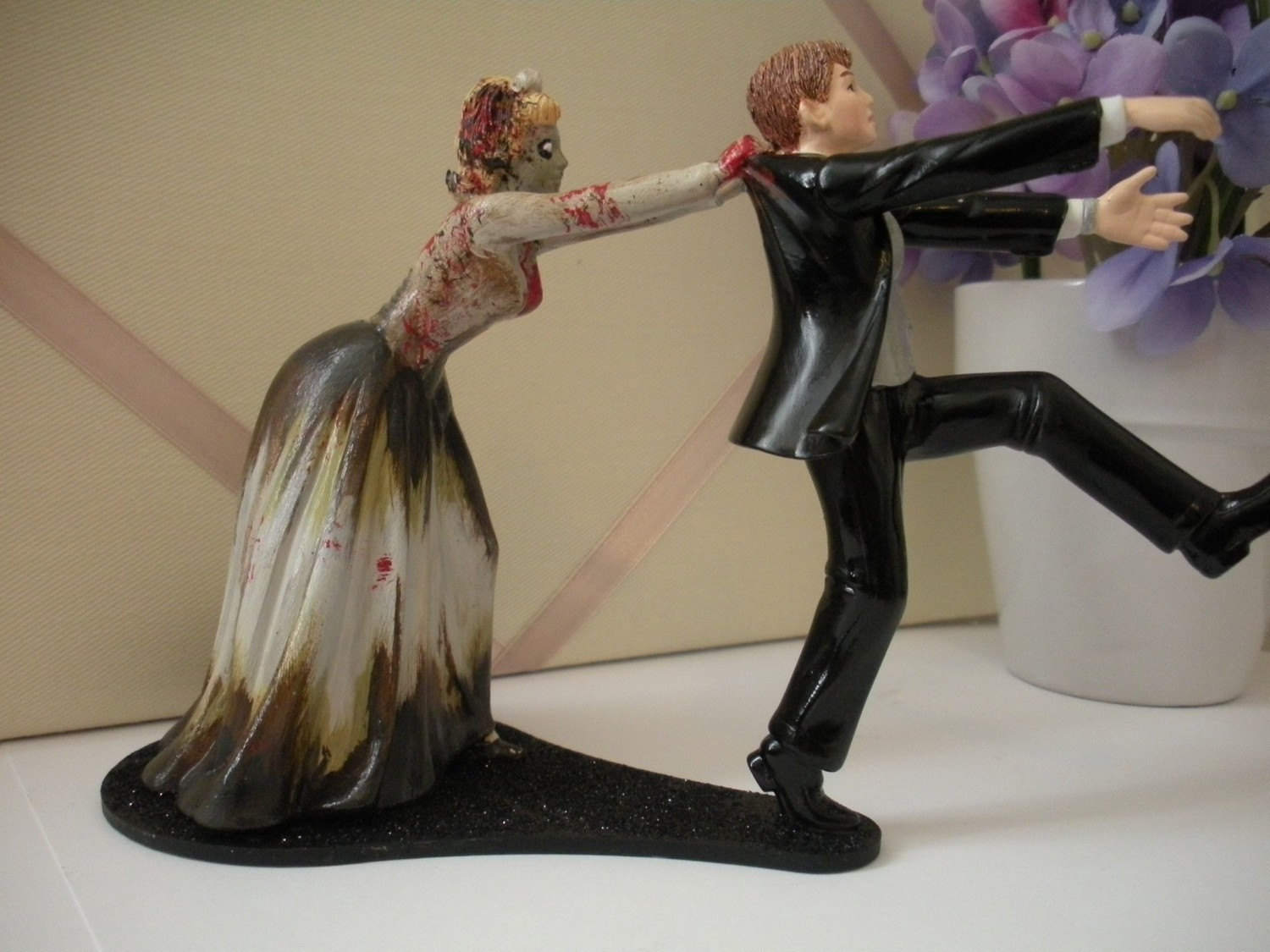 Pics s To Funny Hunting Wedding Cake Toppers Funny