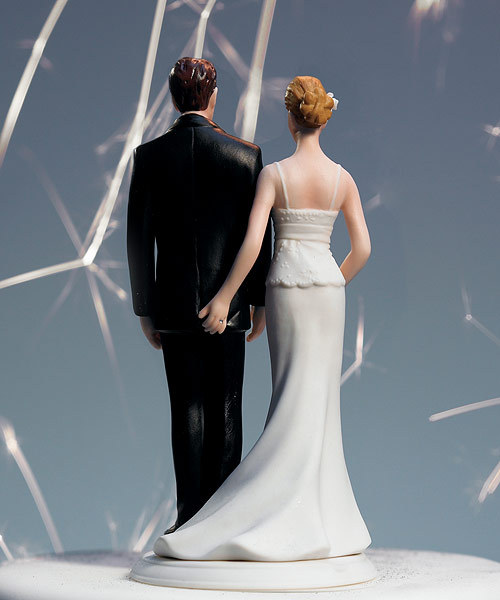 Wedding-cake-toppers-funny-bride-groom-love-pinch.full