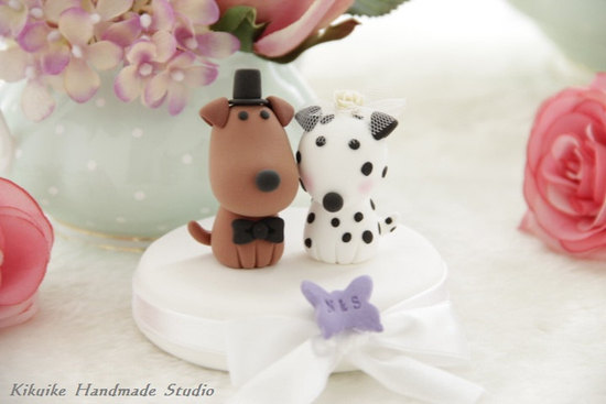 bride groom puppy wedding cake topper