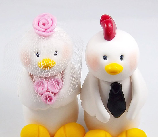 photo of Rooster and Hen wedding cake toppers