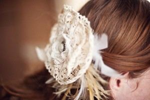 photo of 7 Lovely Lace Wedding DIYs