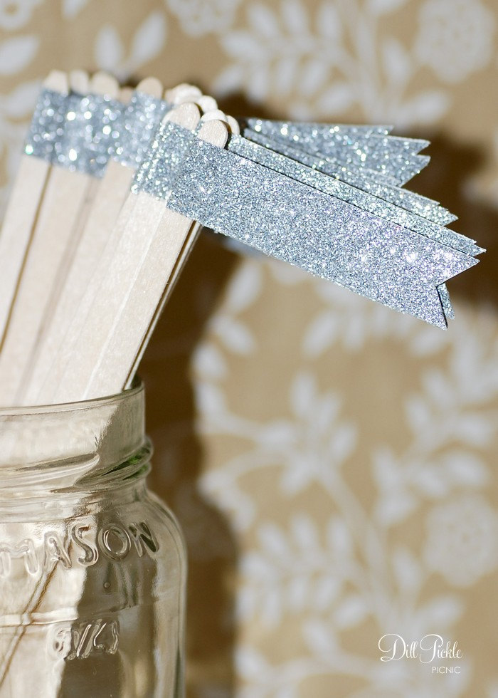 Sparkly-silver-drink-stirs-wedding-cocktails-metallic-trend.full