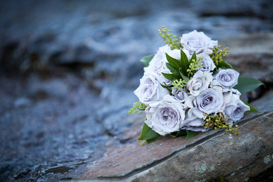 light periwinkle bridal bouquet roses